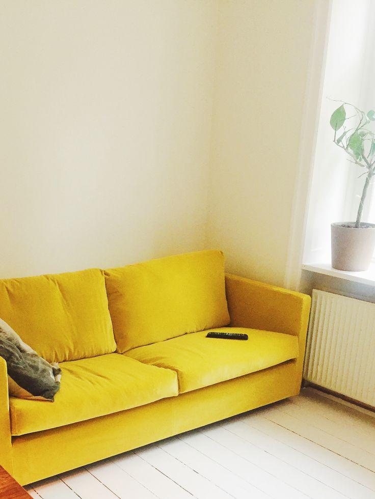 Yellow velvet Eilersen  #yellowvelvet #eilsersen #yellowcouch #yellow