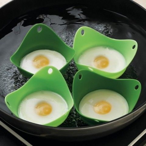 Egg Poach Pods ... I think I need these!