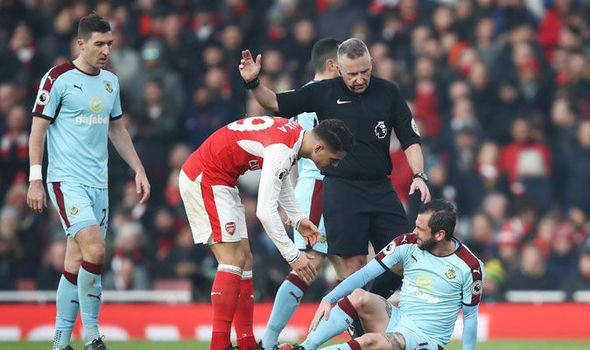 Martin Keown slams Arsenal star: He cant carry on like this   via Arsenal FC - Latest news gossip and videos http://ift.tt/2jDsgHd  Arsenal FC - Latest news gossip and videos IFTTT