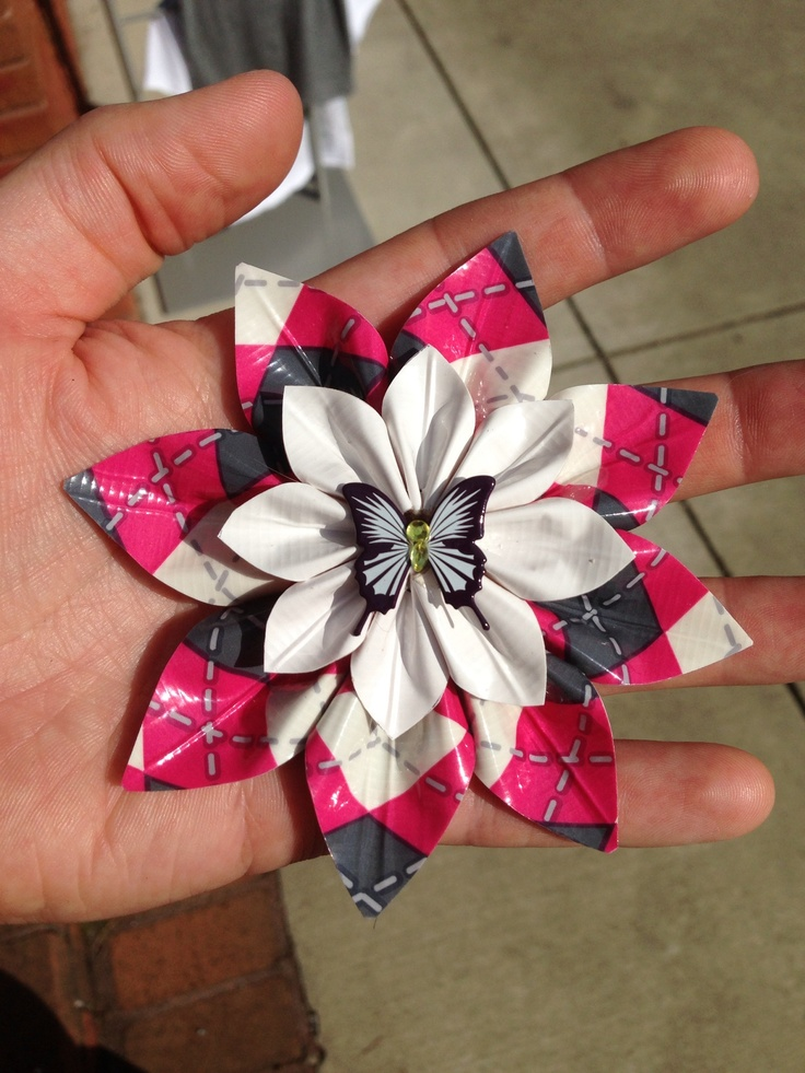 Duct tape flower hair clip!  www.getbabyink.com