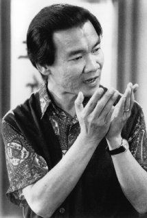 Haing S. Ngor. Haing won the oscar for Actor in a Supporting Role for his role in The Killing Fields at the Oscars 1985.