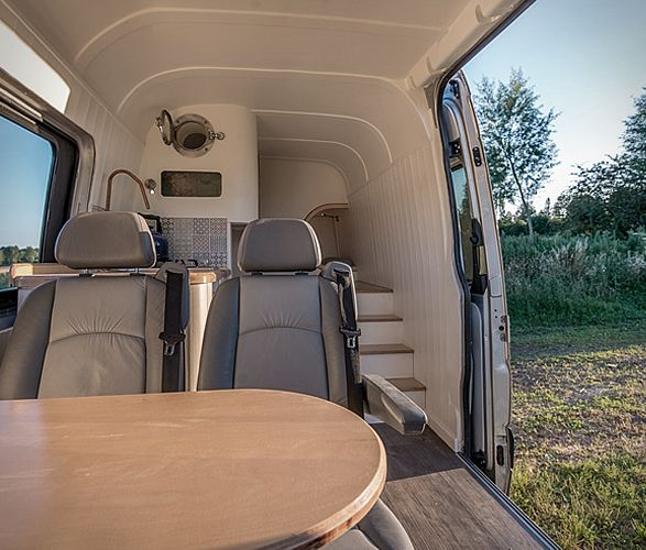 Jack Richens ofThis Moving House, first started his business by transforming a second-hand 2012 Mercedes Sprinter, where he and his family of four can comfortably sleep, dine and unwind during adventurous holidays on the road. The cool camper u