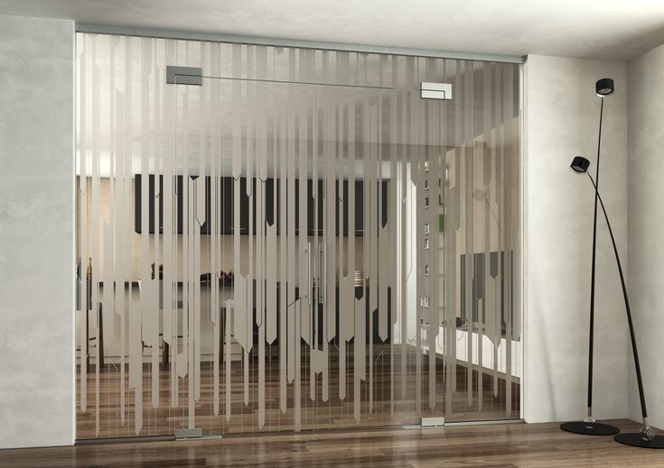 Skleněná stěna  JAP s pískovaným motivem #sklo#design#interier#bydleni#house#pískovanésklo#sandblasted#doors#dveře#door#modern#pocketdoors#glassdoors#glasswall