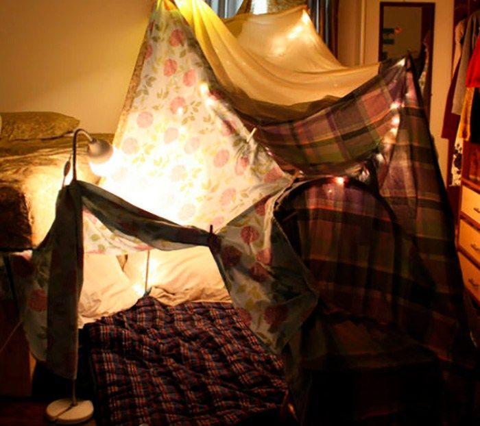 Fuerte de sábanas para una fiesta de pijamas