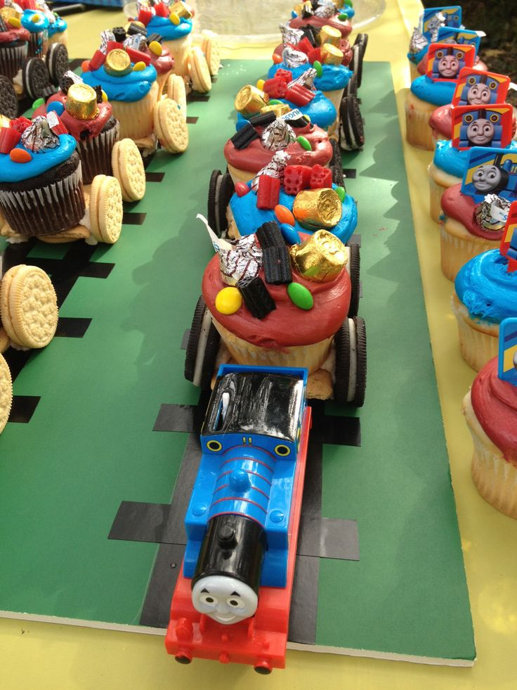 thomas train cupcake Birthday, in case he wants Thomas 3 yrs in a row :)