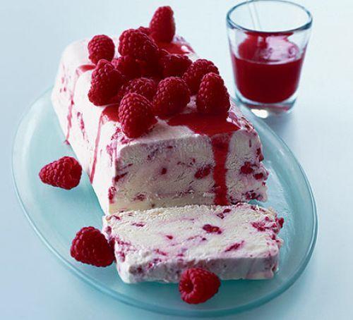 Limoncello & raspberry semi-freddo