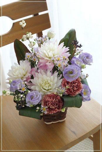 【今日の贈花】日本画の個展のお祝いに Flower note の 花日記 (横浜・上大岡 アレンジメント教室)