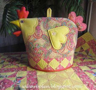 Beautiful table cloth and matching tea cosy.  Лоскутная геометрия: Экспромт