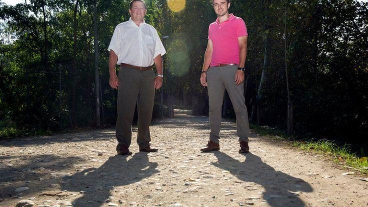 Su padre tenía empresas de construcción, y en el 2008 le ofrecieron distribuir un producto líquido para compactar el polvo en los caminos de tierra. 'Me gustó