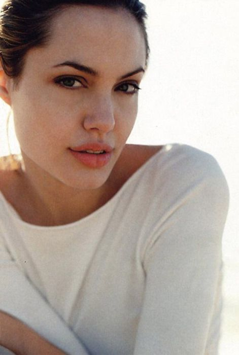 Angelina Jolie #famous #actress #celebrity