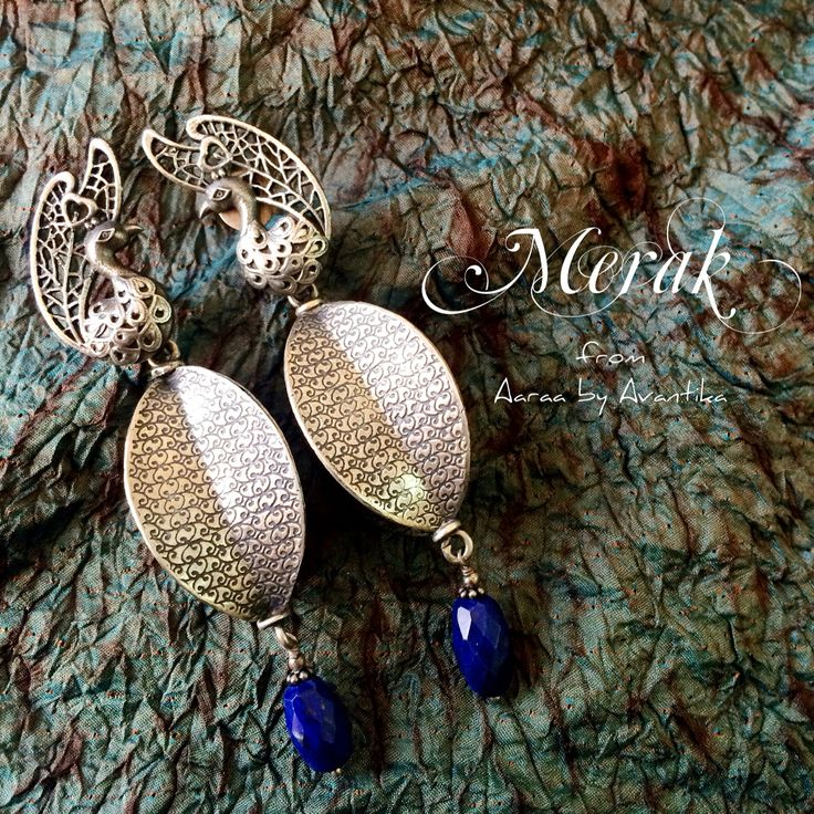 One of a kind ear adorns, Merak is what they are called. With a contemporary style, the Merak pair from Aaraa by Avantika is handcrafted in sterling silver with a beautifully chequered lapis lazuli drop.