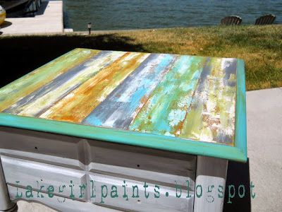 Озеро девушка красит: макияж комод - коричневый в стиле белого пляжа