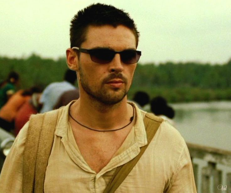 karl urban | Karl Urban's sunglasses @ Bourne Supremacy