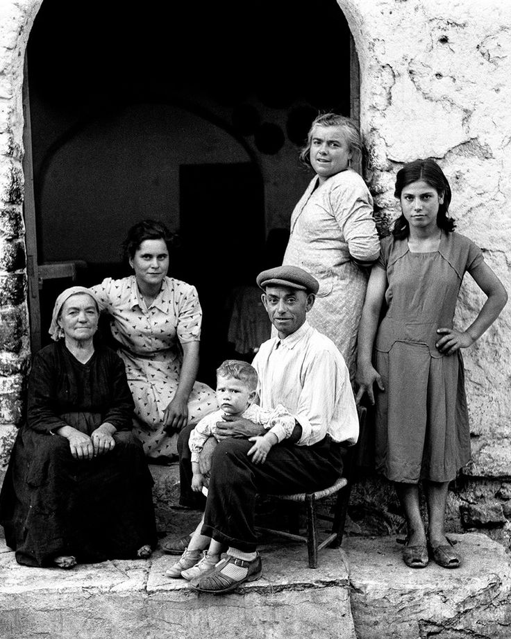 Dalla serie Gente del sud, 1956.  Nino Migliori