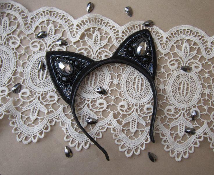 Black cat ears headband, black cat costume, black kitty ears, cat ears cosplay, cat ears black by LeMava on Etsy https://www.etsy.com/listing/253669748/black-cat-ears-headband-black-cat