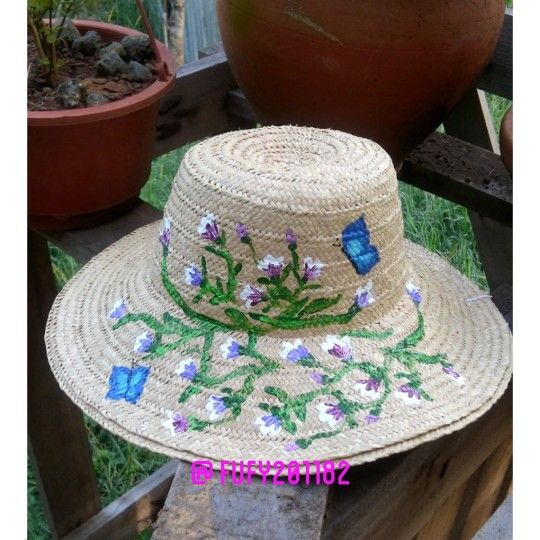 Sombrero panameño de junco pintado a mano