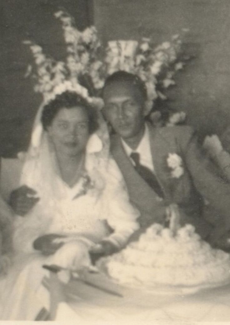 Bandoeng mijn ouders op hun trouwdag 4 februari 1953