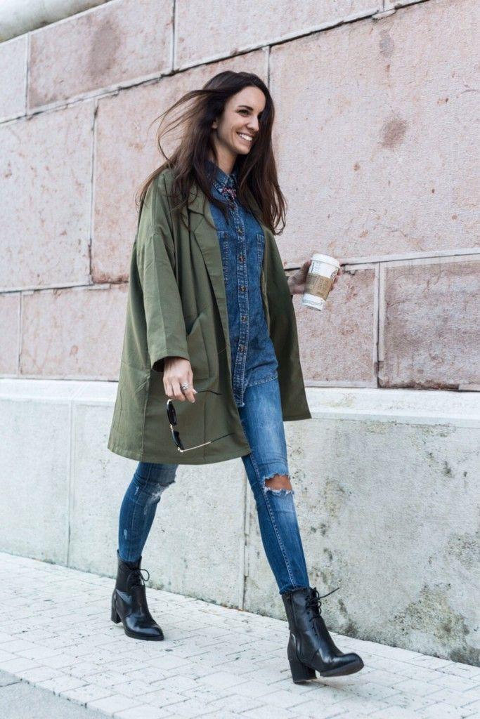 Autumn outfit, denim on denim, khaki, fall, starbucks, street style, fashion blogger,