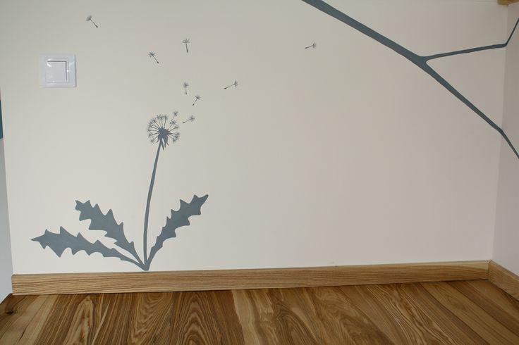 dekorace v pokojíku vymalovaném kompletně Jílovkami
