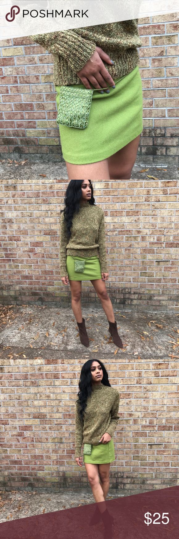 United Colors of Benetton Lime skirt Micro mini, wool knit, vintage Benetton skirt, fits so cute. Model pictured is 2-4. Vintage Skirts Mini