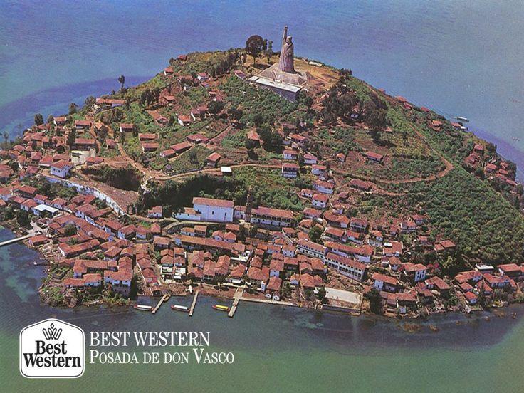 EL MEJOR HOTEL DE PÁTZCUARO.  A los alrededores de Pátzcuaro, se encuentran pintorescos lugares dignos de visitar. Un ejemplo son las islas del lago de Pátzcuaro, las cuales son perfectas para comenzar a conocer este precioso pueblo michoacano. En Best Western Posada de Don Vasco, le recordamos que puede hacer su reservación con nosotros, para tener una experiencia completa. #bestwesternposadadonvasco