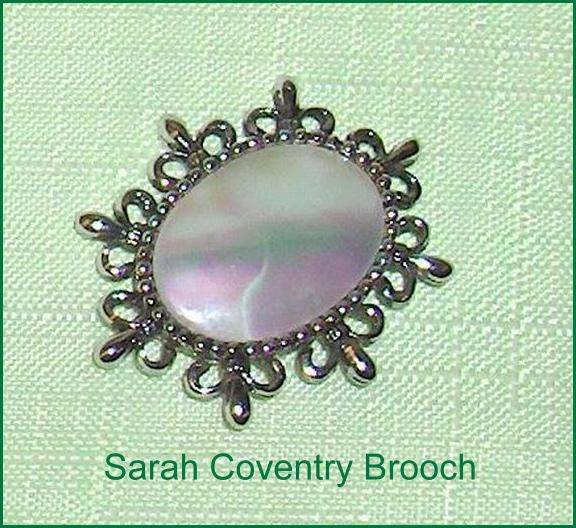 Sarah Coventry  Vintage Brooch Pin Jewelry Made in Canada by EttasEmporium on Etsy