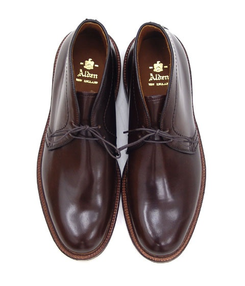Alden Cordovan Chukka Boots (Burgundy).