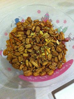 "A dose of Dannie: ""Nuts  Bolts"" Recipe from YIAH!"