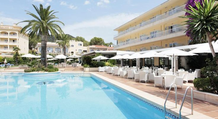 Grupotel Nilo & Spa Paguera Located just 200 metres from Palmira Beach, this hotel provides well-equipped accommodation and a fantastic outdoor pool. It offers free access to its spa.  Grupotel Nilo & Spa has charming gardens with loungers. There is a children's pool.