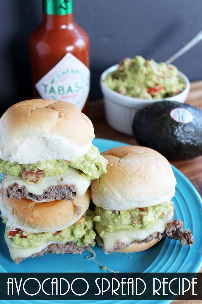 #ad This avocado spread recipe is perfect for big game day! Use it as a spread on these taco burgers, hot dogs, and so much more! @AvosFromMexico @Tabasco   #GuacWorld #FlavorYourWorld