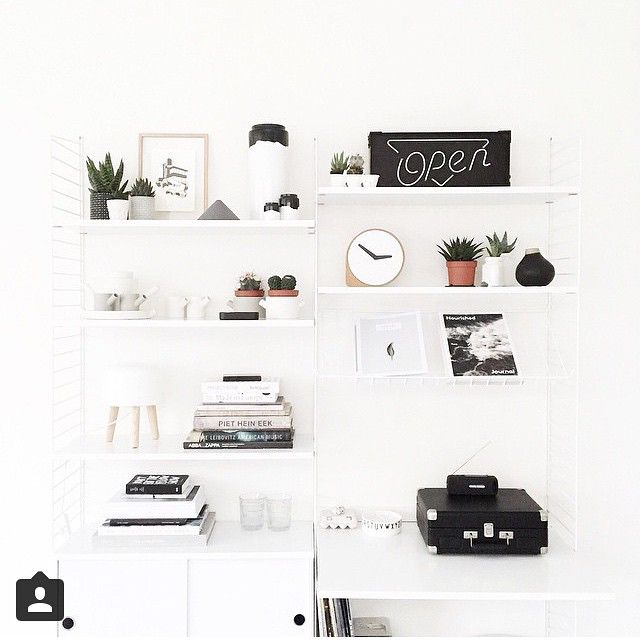 Monday morning and the start of a new week. Stringshelfie of the day by @beeldsteil #stringhylla #stringshelf #stringshelves #stringfurniture #stringshelving #stringshelfie #shelfie #sweden #modern #madeinsweden #interior #furniture #classic #scandinavian #shelvingsystem #stringshelvingsystem #stringpocket #スウェーデン #モダン # シェルフ # 家具 #シンプル # 機能的 # 便利 # ライフスタイル # 高品質 # 美しさ # 収納 # 整理