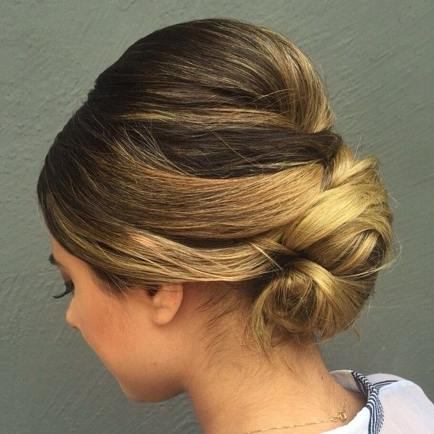 Sleek+Chignon+With+A+Bouffant