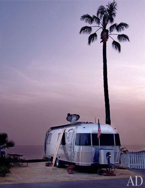 Matthew McConaughey's Airstream Trailer by the sea. Airstream Trailer Living: http://www.completely-coastal.com/2010/05/airstream-trailer-living.html