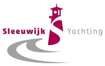 Sleeuwijk Yachting: Luxe gebruikte motorjachten in eigen jachthaven, Tankstation, Restaurant, Financiering, Verzekering, Registratie en Taxaties.