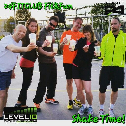 24FITCLUB Fit&Fun bootcamp shaketime  Enjoying a delicious postworkout shake after a superb training. For better and faster recovery.  Cheers!!! healthy nutrition by Herbalife.  Get a Healthy active lifestyle! The fun way