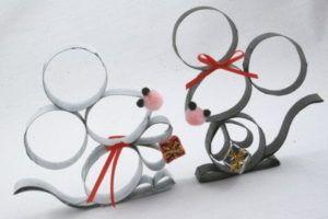 pyssel, pyssla, pysseltips, pysselidé, skapa, barnpyssel, familjepyssel, pyssel för barn, bättre hälsa, bra hälsa, må bra, kreativitet, skapande, skaparglädje, jul, julen, pyssel inför jul, julpyssel, toarulle, toarullar, toarulle pyssel, mus, möss, djur, toarullemus, julmus, julmöss