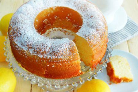 L'aroma dello zenzero e del limone per una torta da...