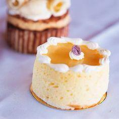 Descubre como preparar paso a paso la receta de Mousse de mango. Te contamos los trucos para que triunfes en la cocina con Postres para chuparse los dedos