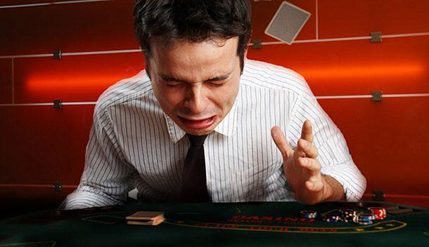Paciência - A palavra chave para quem quer vencer no Poker.
