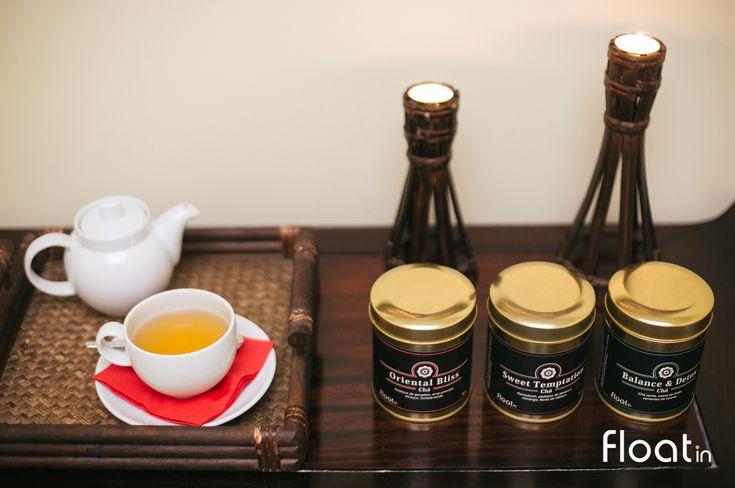 Desfrute do ritual do chá Float in enquanto relaxa na sala de relaxamento.