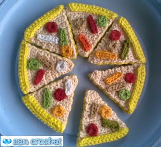 Make It: Pizza - Free Crochet Pattern #crochet #amigurumi #free #ravelry