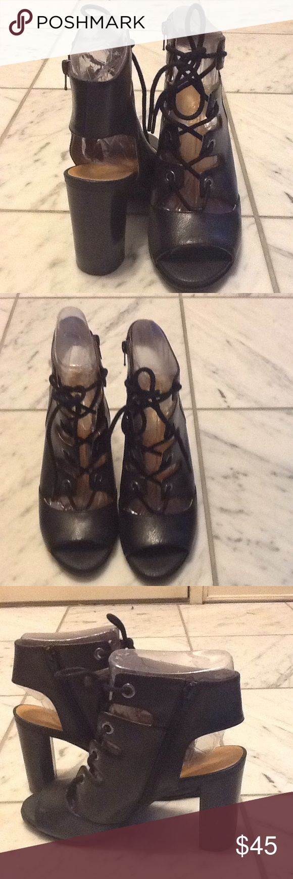 Nine West Black Lace Up Shoes Size 9 NINE WEST BLACK OPEN TOE LACE UP BOOT SIZE 9 PREOWNED GOOD CONDITION Nine West Shoes Ankle Boots & Booties