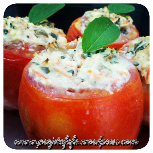 Tomates recheados com creme de ricota