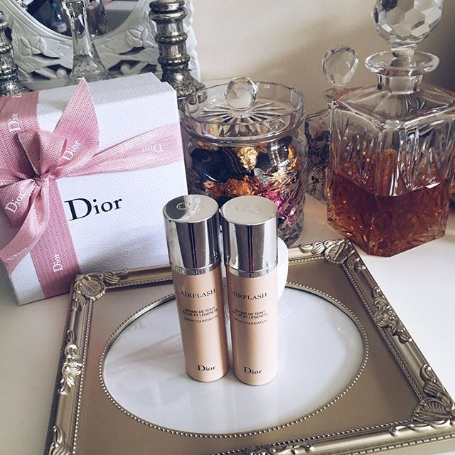 Photoshop in a can! My holy grail foundation #diorskin #airflash #foundation  #makeup #Luxirare