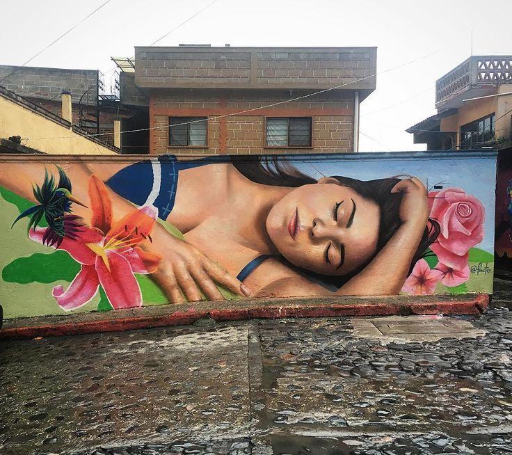 Los dejamos con esta obra del buen @facte en #tepoztlan feliz fin de semana #streetartchilango 🇲🇽❤️✌🏼#streetartmexico #graffitimexico #mexicomagico #mexicourbano #mextagram #mexico #mexico🇲🇽 #mexicomaravilloso #mexicolors #streetart #streetarts #bepartofsomethingspecial #streetarteverywhere