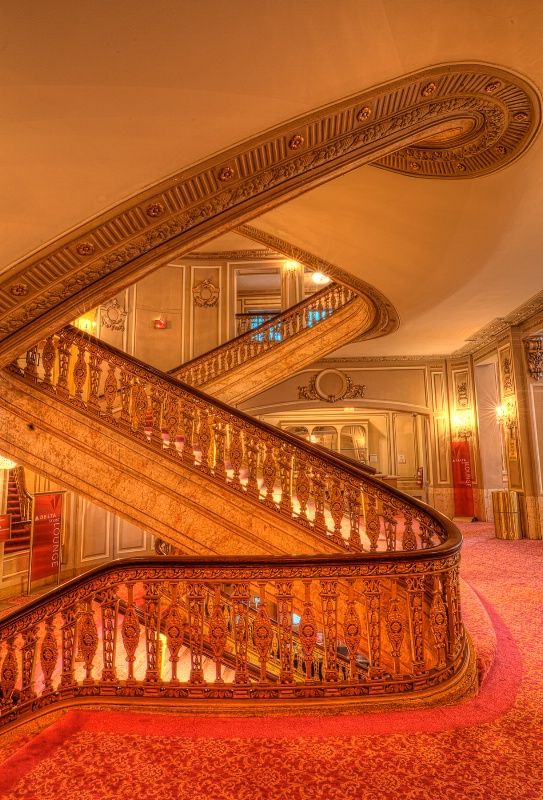 The grand staircase at the Chicago Theater.