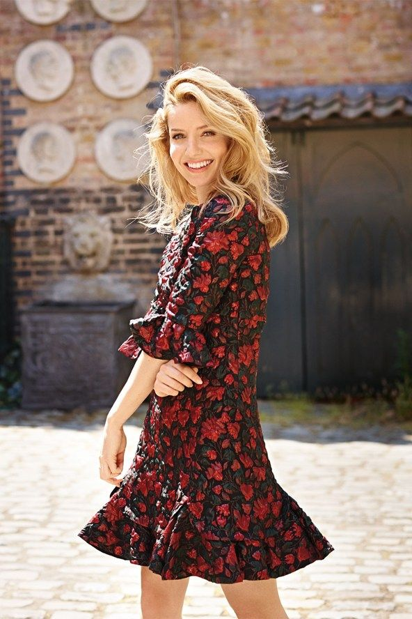 Annabelle Wallis: she is who I have pictured as Addie
