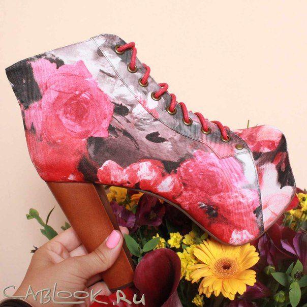Красные ботильоны женские JEFFREY Campbell LITA-red-blue в магазине дизайнерской обуви CabLOOK.ru