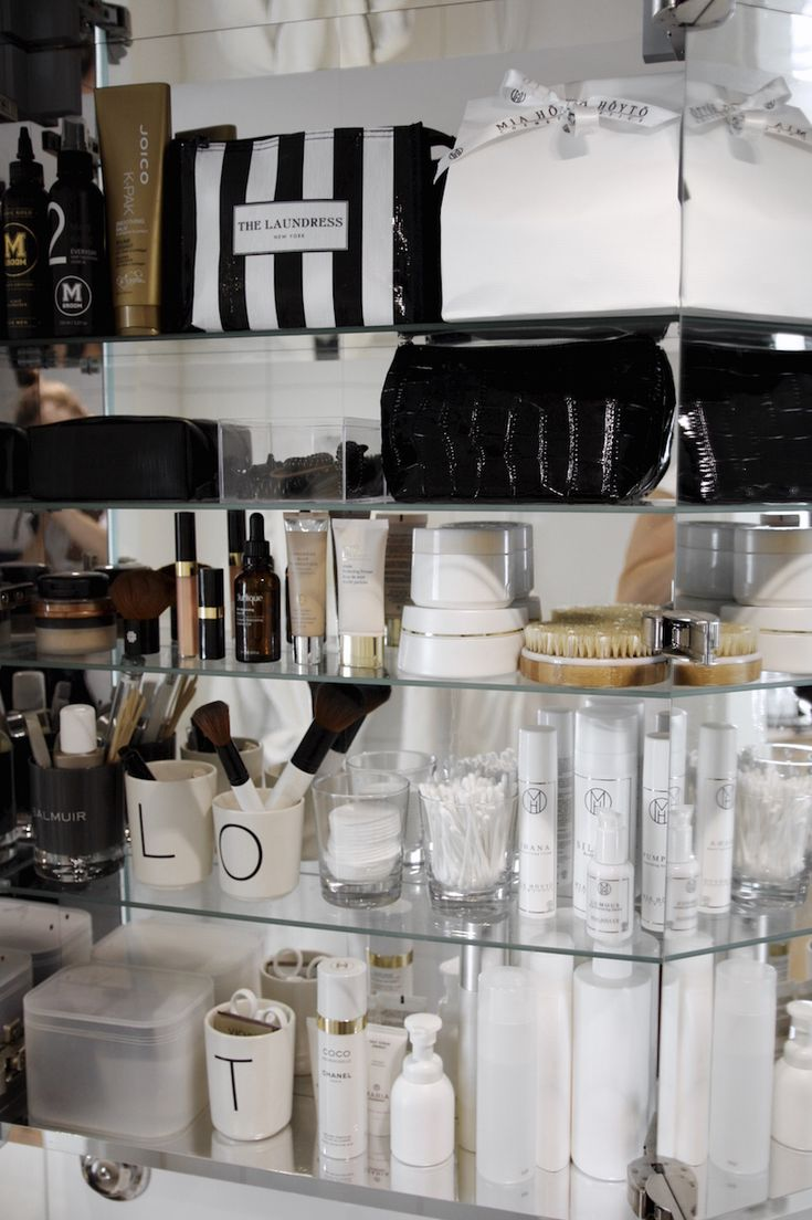 Homevialaura | cosmetics | beauty | bathroom | Ikea Godmorgon | Mia Höytö | Lily Lolo | The Laundress New York | Chanel