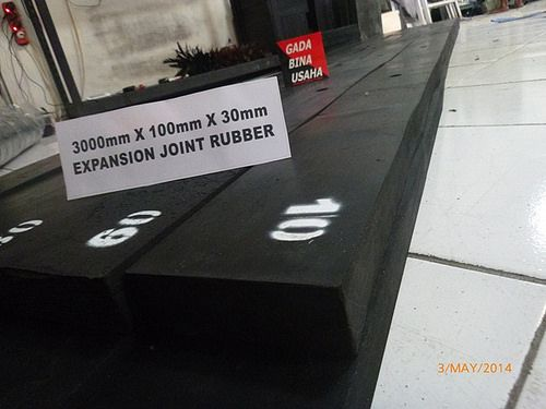 EXPANSION JOINT RUBBER 3000X300X30 (5)